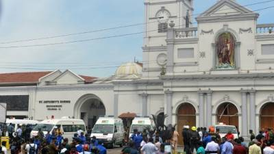 Explosions au Sri Lanka: 52 morts et centaines de blessés dans des églises et des hôtels