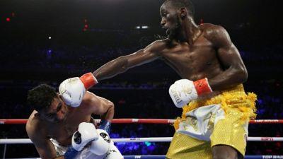 Boxe: Crawford surclasse Khan et conserve son titre WBO