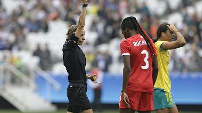 Ligue 1,domenica la prima arbitro donna