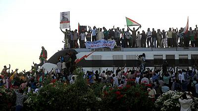 Sudan's protesters hope cheerful staying-power will oust army