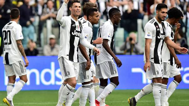 Juve to ditch stripes after 116 years?