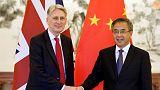 الصين تعبر عن أسفها لأن قضية بحر الصين الجنوبي أضرت بالعلاقات مع بريطانيا