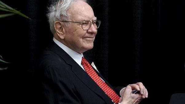 Warren Buffett says Berkshire could buy back $100 billion stock - Financial Times