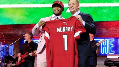 Football américain: le phénomène Murray, 1er choix de la Draft 2019