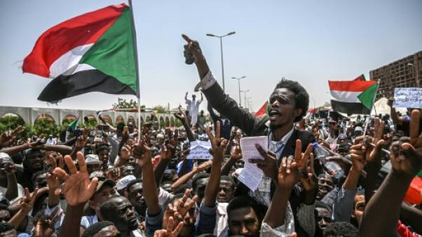 Les manifestants soudanais déterminés à obtenir un pouvoir civil