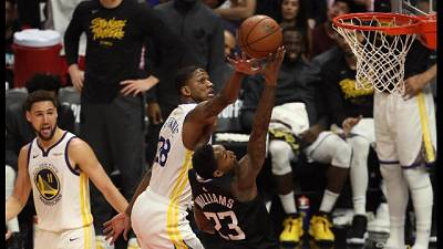Nba, Clippers fuori, passano i Warriors