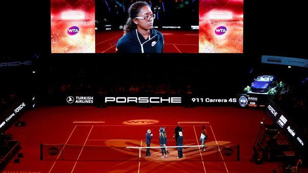 Osaka pulls out of Stuttgart semis with injury, Kvitova through to final