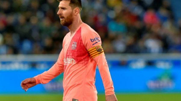 Espagne: Messi remplaçant avec Barcelone pour le match du titre