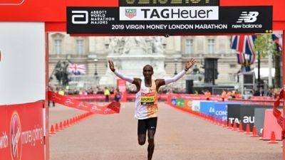 Marathon de Londres: 4e victoire pour Kipchoge