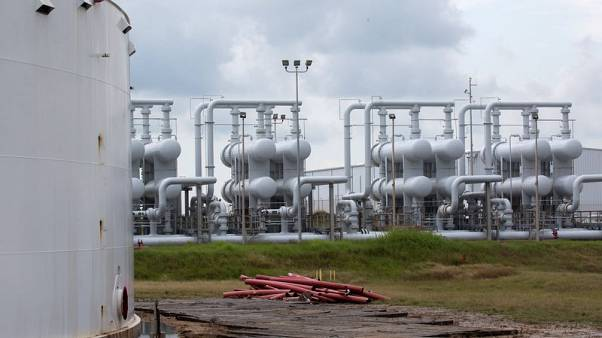 U.S. oil-storage industry fines soar on air, water violations
