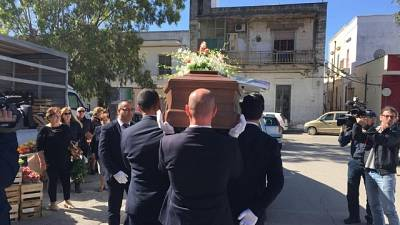 Picchiato a morte:funerali a Manduria