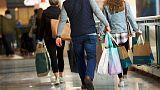 إنفاق المستهلكين الأمريكيين يسجل أكبر زيادة منذ 2009