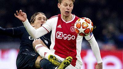 De Jong: Titolare al Barca? Non credo