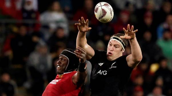 All Blacks lock Retallick sidelined for another three weeks