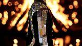 ديور تتألق في مراكش بعرض أزياء وشموع طافية