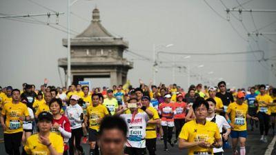 Vélo, raccourcis, faux en tout genre: en Chine, haro sur la triche au marathon
