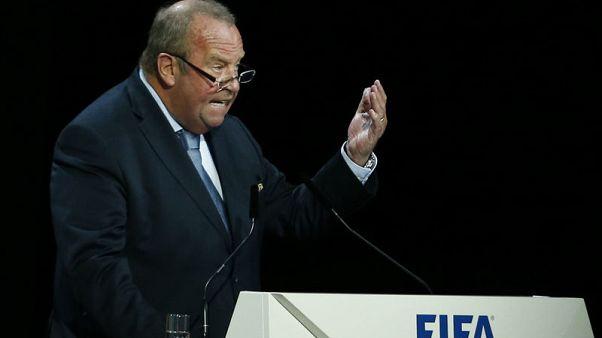 صحيفة: الفيفا جاهز لمناقشة استبدال اللاعبين عند إصابات الرأس