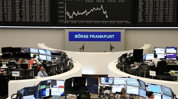 أسهم أوروبا تتراجع بعد بيان المركزي الأمريكي
