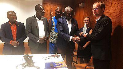 La Fédération Sportive des Sourds du Ghana et Le Club Sportif des Sourds de Mountpellier rencontrent l'équipe du Service de Coopération et d'Action Culturelle à l'ambassade de France à Accra