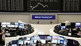 الأسهم الأوروبية تغلق منخفضة متأثرة بتوقعات المركزي الأمريكي وخسائر لسهم ساب