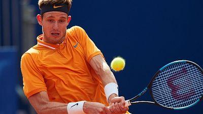 Tennis: Garin fa fuori Zverev a Monaco