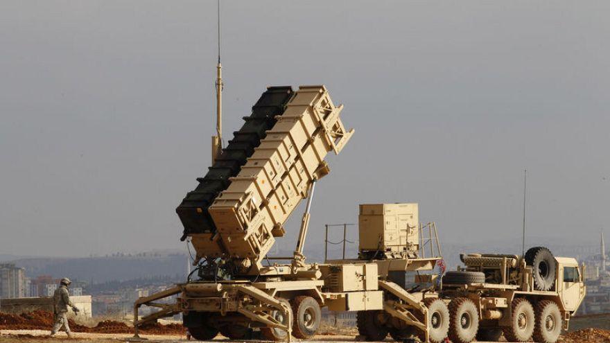 بقيمة 6 مليارات دولار تقريبا.. الخارجية الأمريكية تصادق على بيع أسلحة للبحرين والإمارات