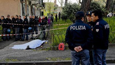 Camorra: agguato davanti asilo, arresti