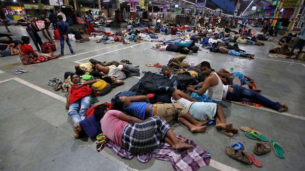 الإعصار فاني يتسبب في مقتل 12 في الهند ويجتاح بنجلادش