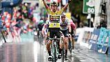 Tour de Romandie: Roglic, vainqueur de la 4e étape, conforte son maillot jaune