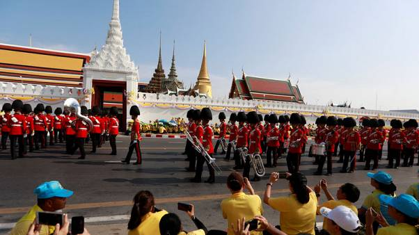 Thailand's newly crowned king begins procession around Bangkok