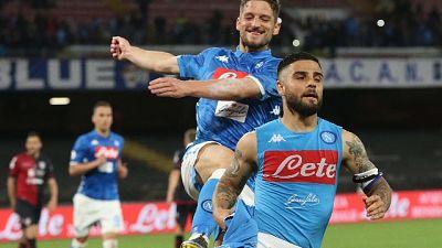 2-1 al Cagliari, Napoli blinda 2/o posto