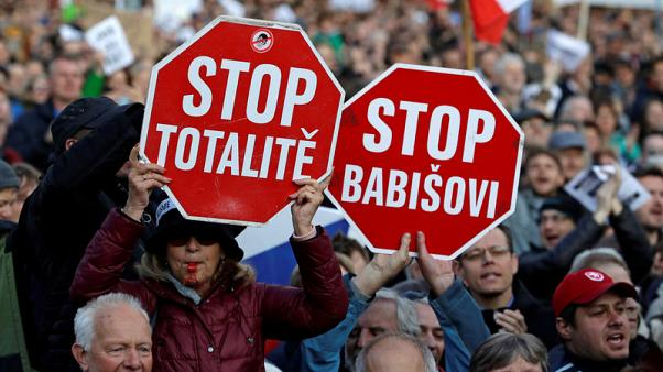 Czechs protest for second week against new justice minister over meddling fears