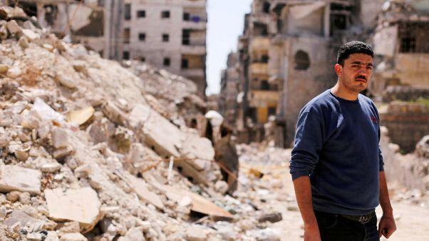 العيش وسط الأنقاض على خط الجبهة القديم في حلب السورية