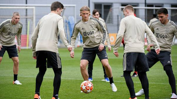 Ajax 'confident, fit and eager' for Spurs match, coach Ten Hag says