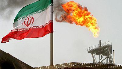 Oil prices firm amid U.S. sanctions on crude exporters Iran, Venezuela