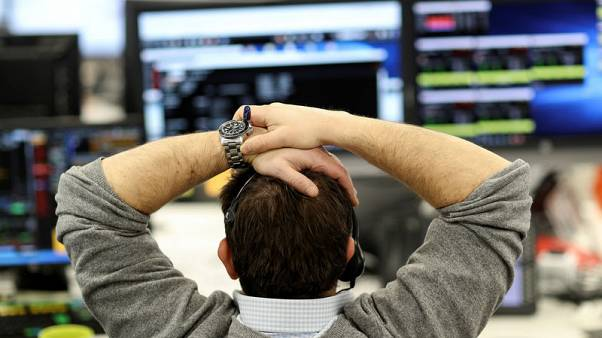 FTSE 100 falls amid trade concerns, weak earnings