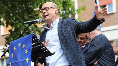 Nomadi: Zingaretti, solidarietà a Raggi