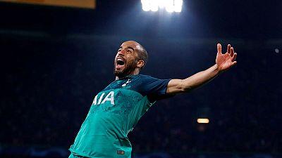 Moura hat-trick puts Tottenham into Champions League final