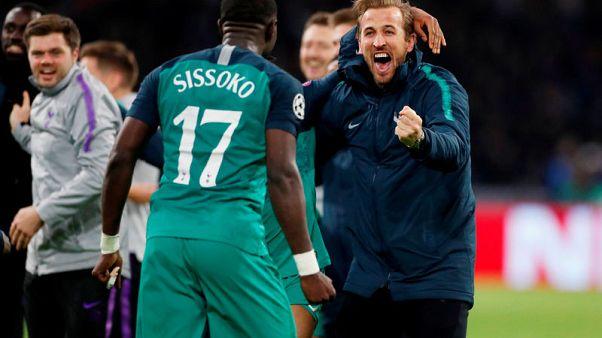 Kane's halftime pep-talk inspires Tottenham fightback