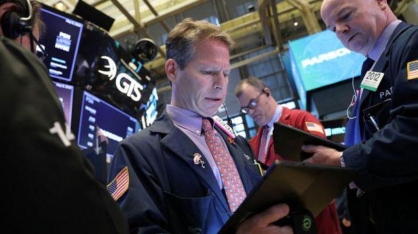 الأسهم الأمريكية تتراجع عند الفتح مع استئناف محادثات التجارة