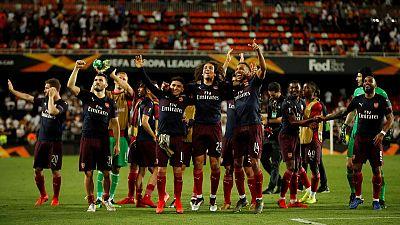 Aubameyang treble sends Arsenal into Europa League final