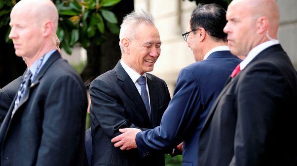 انتهاء أول أيام محادثات التجارة الأمريكية الصينية