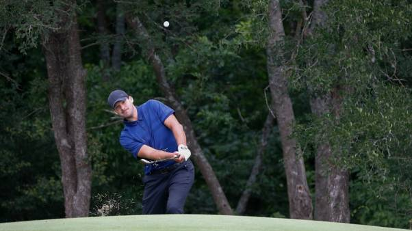 Golf - Local hero Romo excites with early eagle before fading at Byron Nelson