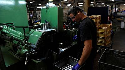 Pre-Brexit rush by factories boosts UK economy in early 2019