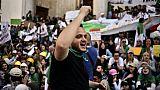 """Algérie: l'armée veut imposer """"de force"""" sa transition, selon des associations"""