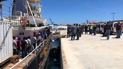 Migranti, Mediterranea forma volontari