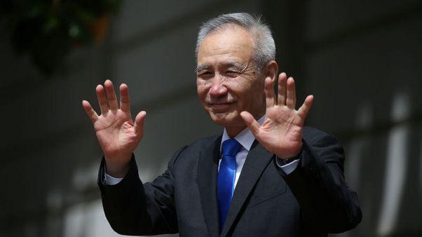 """بلومبرج: نائب رئيس وزراء الصين يقول محادثات التجارة مع أمريكا سارت """"على ما يرام إلى حد كبير"""""""