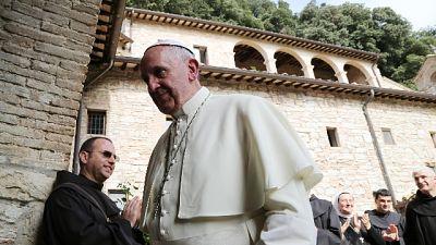 "Papa ad Assisi, ""ridare anima"" economia"