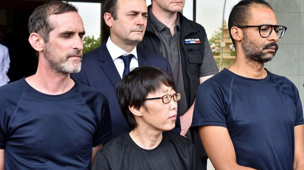 ماكرون يستقبل ثلاثة أشخاص حررتهم قوات فرنسية في بوركينا فاسو