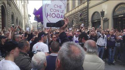 Flash mob tifosi, 'Della Valle vattene'